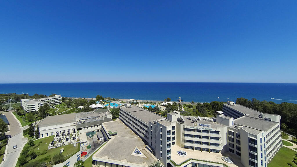 Mirage Park Hotel Drone Çekimi 6