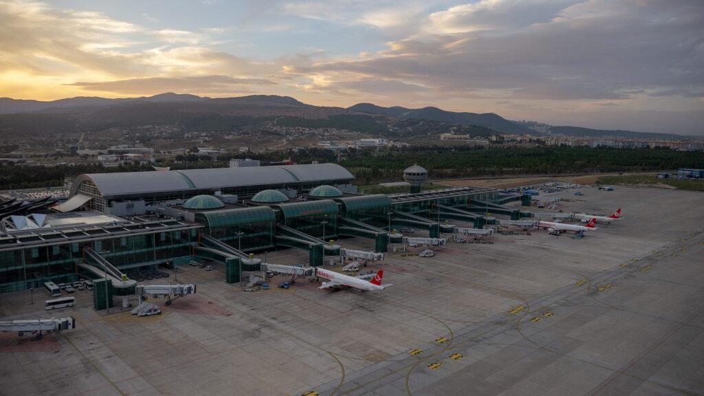 Adnan Menderes Havalimanı Çekimi 5